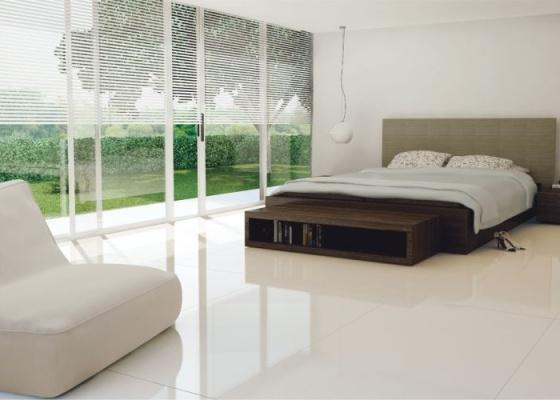 É possível um lindo piso de porcelanato como esse sem precisar arrancar o piso existente? Sim!