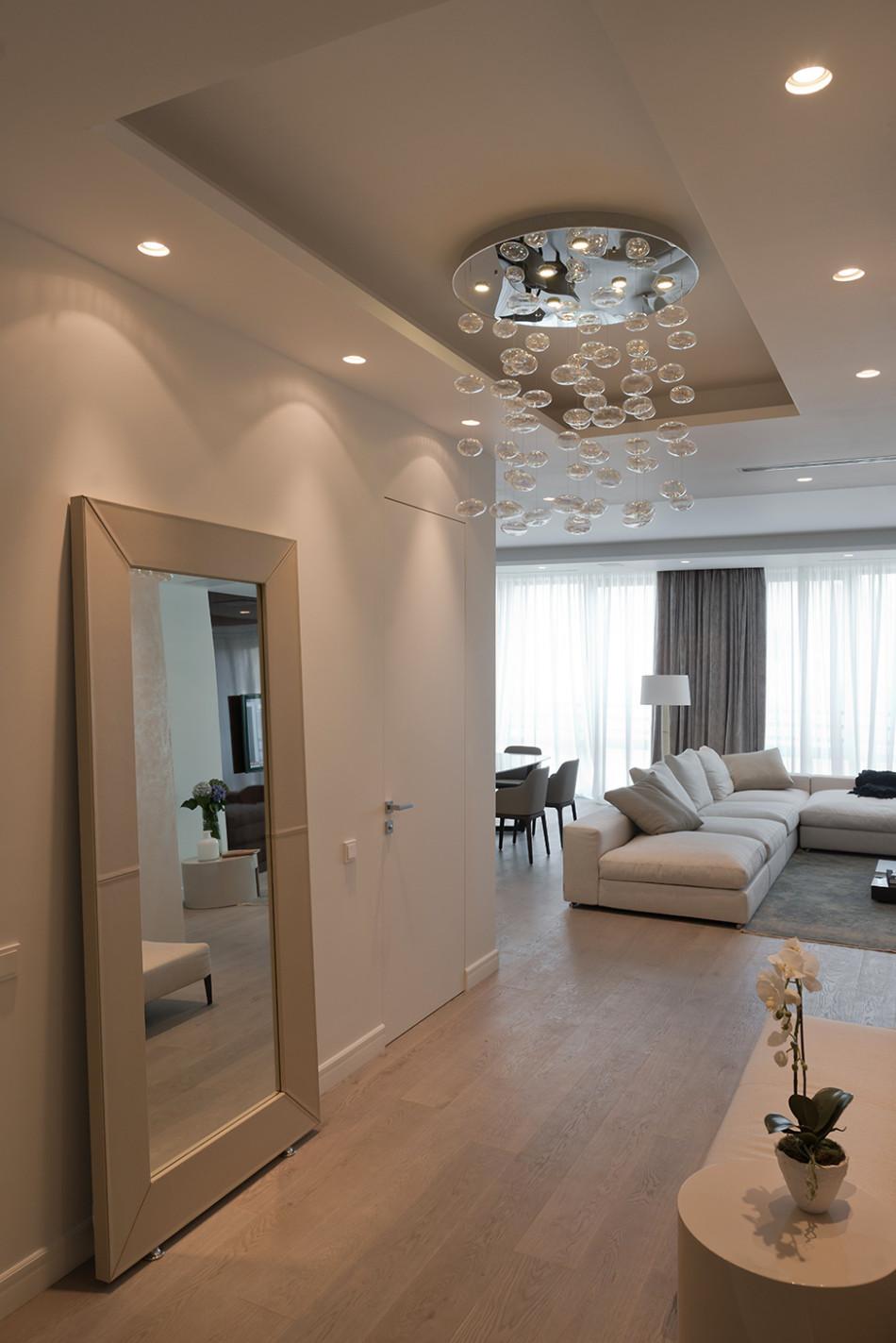 Apartamento pequeno de cores neutras arquitetura for Casa moderna tunisie