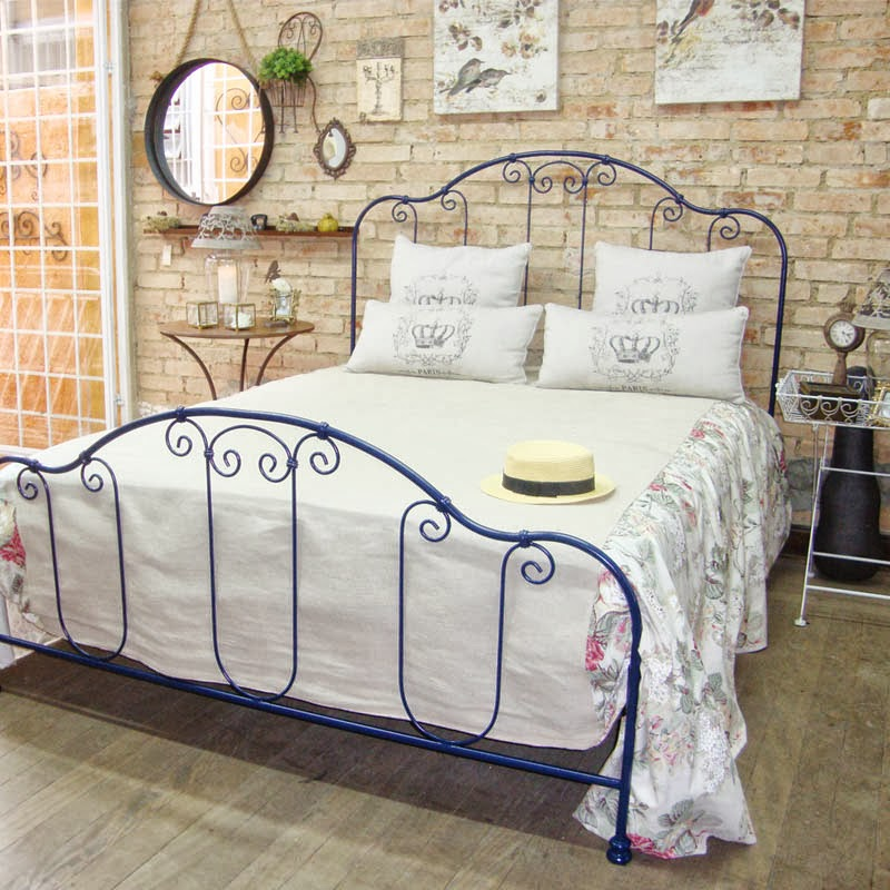 Quartos rom nticos com camas de ferro forjado kzablog for Camas estilo vintage