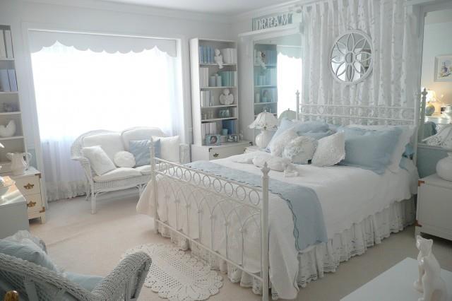 Quartos rom nticos com camas de ferro forjado - Camere da letto in stile provenzale ...