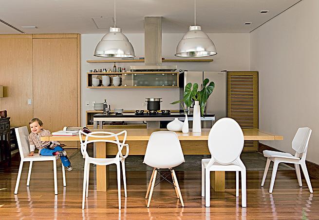 Cadeiras Para Sala De Jantar Luxo ~ Cadeiras diferentes na sala de jantar – KzaBlog  Casa e Decoração