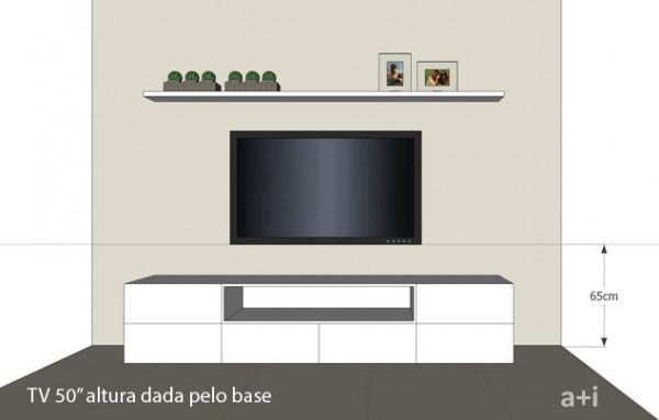 Altura da TV medida do piso até a base do aparelho