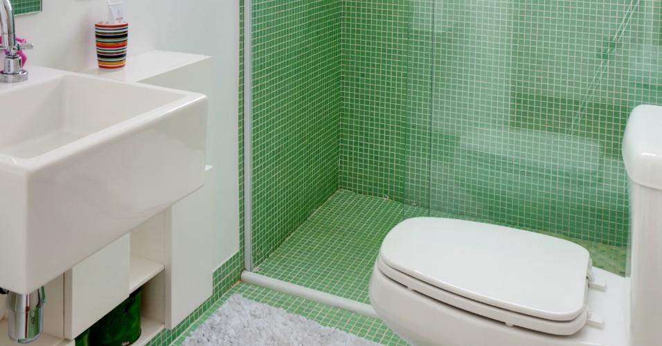 Pastilhas no piso do banheiro – KzaBlog  Casa e Decoração -> Banheiro Com Pastilha De Vidro No Chao