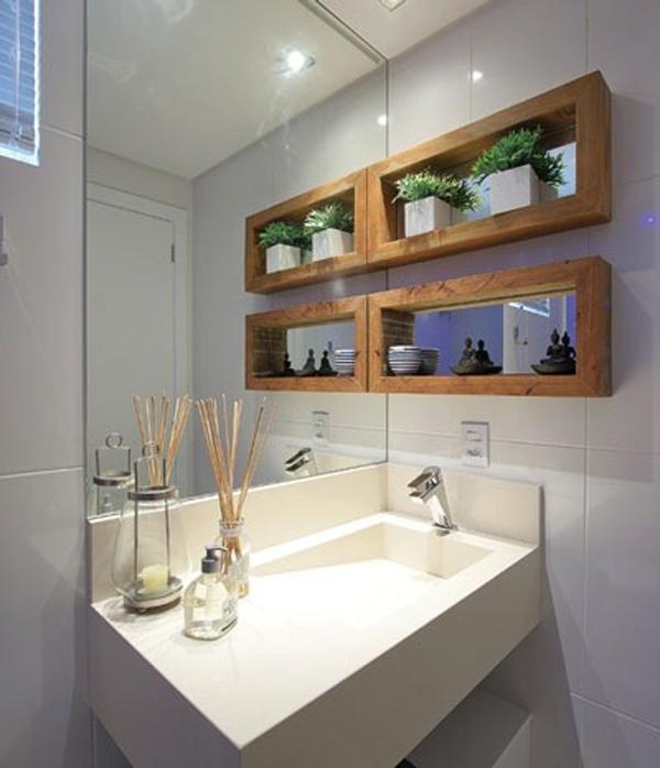 decoracao no lavabo:Nichos no banheiro são sempre muito úteis. O banheiro um ambiente