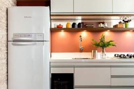 O que instalar primeiro na cozinha: bancada ou armários?